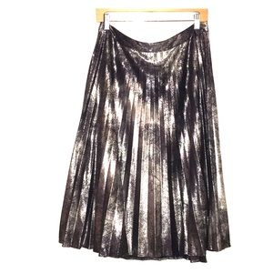 HOST PICK• VINCE CAMUTO funky metallic skirt